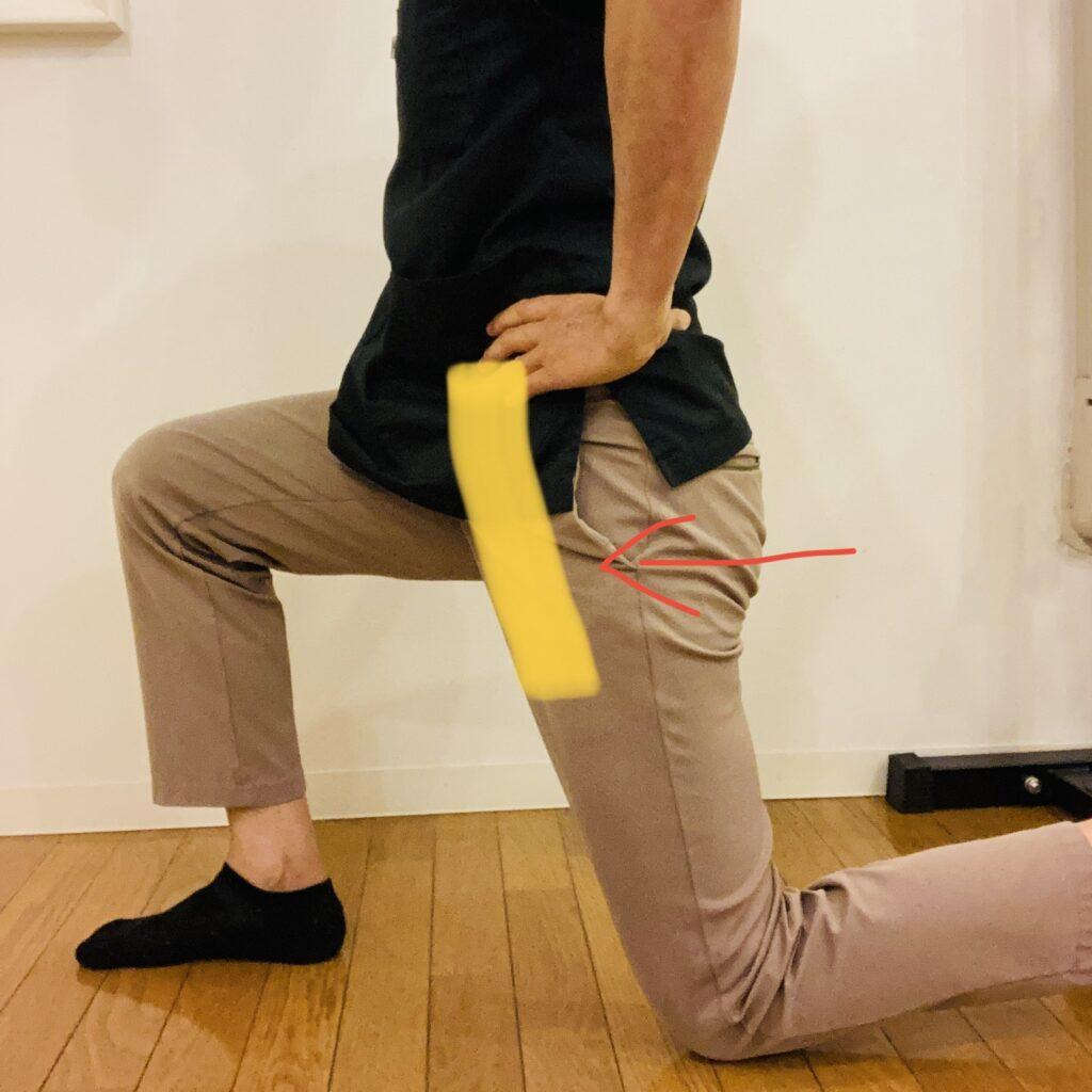 妊婦の腰痛(股関節ストレッチ)